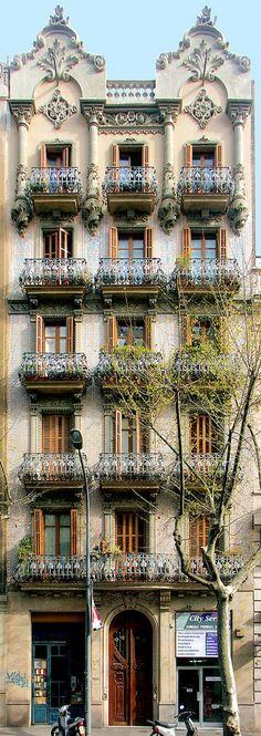 Barcelona - More news about worldwide cities on Cityoki! http://www.cityoki.com/en/ Plus de news sur les grandes villes mondiales sur Cityoki : http://www.cityoki.com/fr/