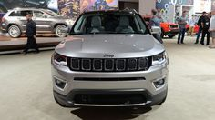 Trying the new Compass and other Jeeps on for size - Autoblog