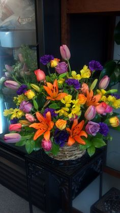 Here's a big bouquet for those of you ladies who haven't had flowers for a while. Enjoy your day. X