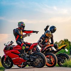 "ถูกใจ 13.8k คน, ความคิดเห็น 90 รายการ - BIKELIFE (@bikers.family) บน Instagram: ""TAG SOMEONE YOU MET VIA INSTAGRAM! 