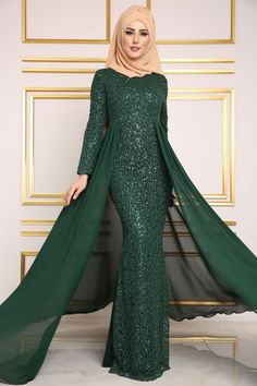 Gifts that Keeps On bouncing Early morning BooBers be a bouncing Hijab Evening Dress, Long Evening Gowns, Muslim Fashion, Hijab Fashion, Fashion Dresses, Hijabi Gowns, Hijab Style Dress, Fantasy Gowns, Muslim Dress