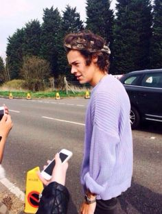 I'm still not over his sweaterrr omf