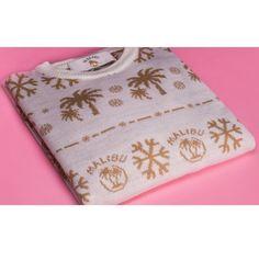 FREE Malibu Christmas Jumpers - Gratisfaction UK Mens Fashion Uk, Men's Fashion, Free Samples Uk, Freebies Uk, Uk Deals, Christmas Jumpers, Moda Masculina, Mens Fashion, Man Fashion