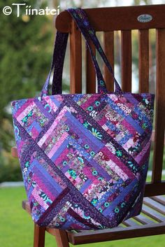 Quilting: The Tote Bag made of Log Cabin Blocks