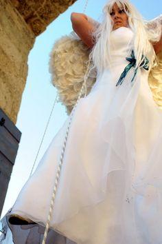 No al femminicidio, l'happening con l'abito da sposa Tulle, Skirts, Fashion, Moda, Fashion Styles, Tutu, Skirt, Fashion Illustrations
