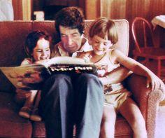 leonard cohen leyendo a sus hijos