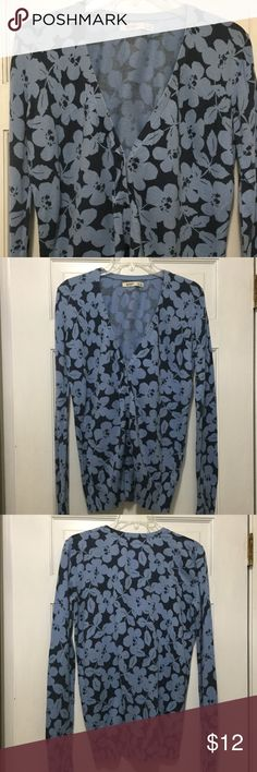 Old Navy floral cardigan Pretty blue floral cardigan-good condition! Old Navy Sweaters Cardigans
