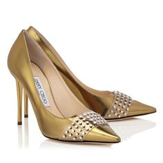 JIMMY CHOO HAZEL 100 Light Honey Mirror Leather Pointy Toe Pumps with Silver Studs