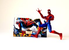 Tabaktasche SPIDERMAN Marvel Comic upcycling Unikat! Tabakbeutel, Tabaketui, Marvel die Spinne Comic Tasche Recycling handmade in Berlin von PauwPauw auf Etsy