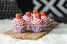 Mini Cupcakes, Birthday Cake, Sweets, Desserts, Food Ideas, Baby, Tailgate Desserts, Deserts, Gummi Candy