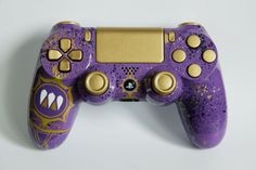 Custom Destiny Queen Playstation 4 controller by DevidedPursuits