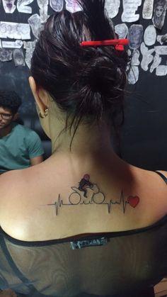 tattoo moto mulher
