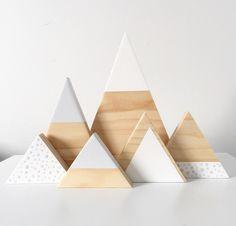 Image of Spotty Triangle Set