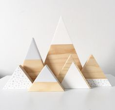 Image of Spotty Triangle Set