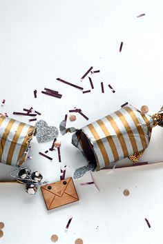 DIY Christmas Crackers from Squirrelly Minds