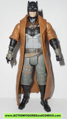 dc universe classics BATMAN NIGHTMARE Multiverse V superman grapnel blaster movie masters