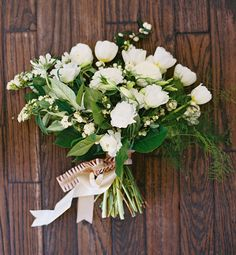 White organic bouquet on GWS.   Florals:  The Southern Table, Floral + Event Design // Photos: Ben Q. Photography // Styling/Design: Lindsey Zamora // Paper: Southern Fried Paper // Venue: 333 1st Avenue, Dallas, Tx