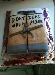 Walking Dead cake....the hubby needs this
