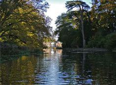Avington Park - Winchester, Hampshire  #spring #weddingvenues #guidesforbrides