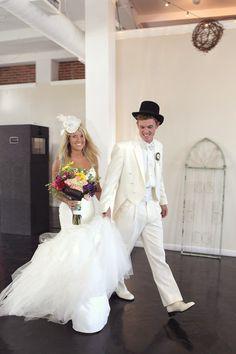 Alice in Wonderland Themed Wedding - Wedding Poses - Wedding Photography RSVP: The RiverRoom Blog