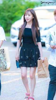 Lovelyz - Kei Hip Hop Fashion, Kpop Fashion, Korean Fashion, Girl Fashion, Female Fashion, South Korean Girls, Korean Girl Groups, Lovelyz Kei, Uzzlang Girl