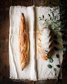 Artisan bread on ins - My Foodie Group Pain Artisanal, Ma Baker, Rustic Food Photography, Pain Au Levain, Gula, Our Daily Bread, Artisan Bread, Artisan Food, Bread Baking