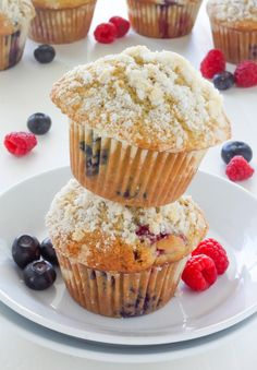 Blueberry-Raspberry Muffins with Streusel Topping - perfect for Summer!