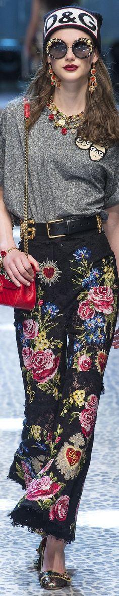 Dolce and Gabbana FW 2017 vogue.com