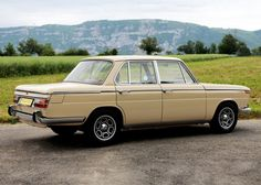 bmw classic cars for sale Bmw Vintage, Bmw Classic Cars, Cabriolet, New Class, Commercial Vehicle, Bmw Cars, Rolls Royce, Motor Car, Volvo
