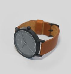 The Horse: Matte Black / Tan Leather