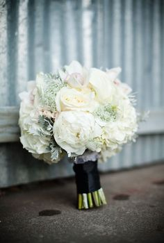 Beautiful bouquet! Photo: http://www.thepopes.com