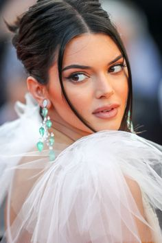 "Kendall Jenner – ""Girls of the Sun"" Premiere at Cannes Film Festival Celebrity Red Carpet, Celebrity Style, Jenner Girls, Music Festival Fashion, Kendall And Kylie Jenner, Gorgeous Eyes, International Film Festival, Celebs, Celebrities"