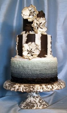 Black White & Ruffled Cake