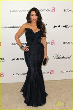 Stunning gown! Kim Kardashian in J.Mendel
