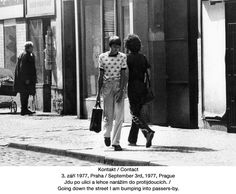 Jiri Kovanda, Contact, September Prague, photo n&b, 29 x Like A Local, Saturated Color, Magazine Art, Contemporary Art, Nostalgia, September, Couple Photos, Artist, Fictional Characters