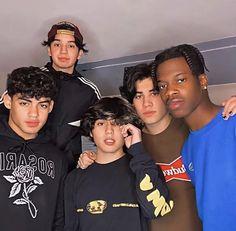 Jersy Boys, Dimples, New Jersey, Cute Guys, My Boys, Boy Groups, Ale, Husband, Random