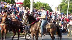 DESFILE DE CAVALEIROS DE JAGUARIÚNA 2015 PARTE7