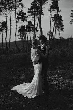 Pronovias dress + Tuscany wedding. Photography by Benjamin Wheeler. #backlessweddingdress