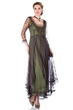 Downton Abbey Tea Party Gown in Emerald by Nataya. Beautiful vintage-inspired dresses. Fast worldwide delivery. Click or call 323-592-9172 for more info. Mother Of The Bride Dresses Long, Flapper Style, Tea Length Dresses, Vintage Inspired Dresses, Casual Wedding, Party Gowns, Dress Making, Downton Abbey, Fashion Dresses