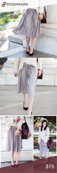 """{Charlotte Russe} Silver Pleated Midi Skirt Elegance & style all in one with this beautiful silver pleated skirt! Dress it up with a blouse & heels or a chunky sweater & sneakers, either way you'll be the highlight of every event! This beauty hits right below the knees. Worn once  c o n t e n t polyester   spandex   c o l o r + silver   m e a s u r e m e n t s ✂️ + 25"""" waist + 26"""" length  m e 💄 5'4""""   32A   26"""" waist   33"""" hip   p a i r  w i t h 🌙  + Scarlett Lace Up Heels  + Xhiliration…"""