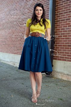 Love the colors  I want to sew a similar skirt this summer!