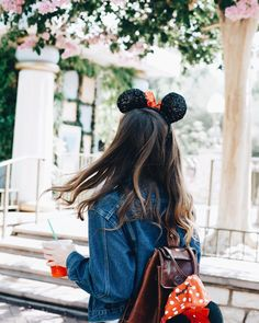 Minnie Mouse will always be our style icon. Disneyland Photos, Disneyland Outfits, Disneyland Trip, Disney Outfits, Disney Trips, Disney Parks, Walt Disney World, Disney Bound, Disney Style