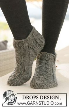 Socks & Slippers - Free knitting patterns and crochet patterns by DROPS Design Knitted Slippers, Crochet Slippers, Knit Or Crochet, Slipper Socks, Knit Slippers Free Pattern, Free Crochet, Crochet Slipper Boots, Knit Shoes, Knitting Designs