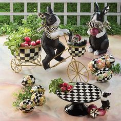 Rabbits and radishes go together—just ask Peter Rabbit. Our Radish Rabbits feature the colorations of a Dutch rabbit with touches of Courtly Check®️ and Courtly Stripe. It's the perfect way to say hello to spring. Mackenzie Childs Furniture, Dutch Rabbit, Mackenzie Childs Inspired, Mckenzie And Childs, Pintura Country, Peter Rabbit, Hand Painted Ceramics, Easter Crafts, Spring