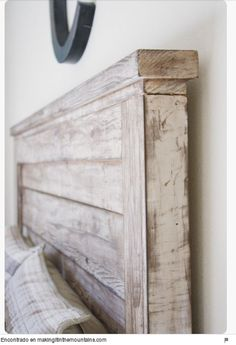 5 Easy And Cheap Ideas: Rustic Paint Thoughts rustic headboard stains.Rustic Headboard Home Projects rustic glam boutique. Do It Yourself Design, Do It Yourself Home, Furniture Projects, Home Projects, Furniture Plans, Pallet Furniture, Furniture Stores, Cheap Furniture, Furniture Design