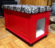 Bench/chest to hide litterbox, made with an Ikea toy chest.