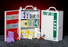 3 Shelf Industrial Station Vertical OSHA & ASNI Compliant Serves up to 75 Person SKU: K206-125(economy); K206-154(deluxe)  This 2-shelf, 500 to 600(economy and deluxe) piece industrial first aid station is designed as an auxiliary kit for smaller businesses.  http://www.readykor.com/industrial-stations/csm-lxxv-v.html