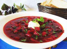 El borshch – la sopa rusa con remolacha, repollo y otras verduras.