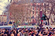 Paris janvier 2015 - 41 -  the March Je suis Charlie on sunday january 11th Place Voltaire