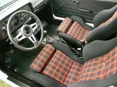 Golf mk1 interior with Interlagos plaid and optional sport seats